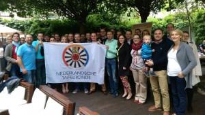 Eine Flagge geht ihren Weg ... leider waren unsere holländischen Gäste nicht da!