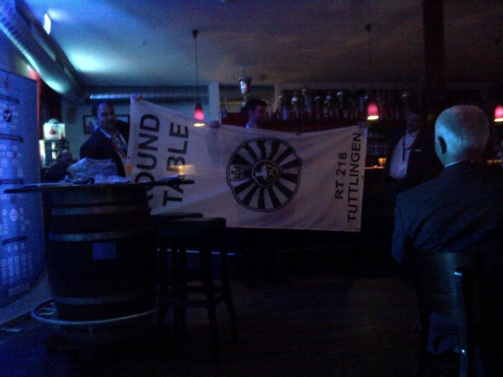 Diese Fahne hat es leider nicht in unsere Obhut geschafft ... dafür ein hübsches Roll-Out und ein Banner